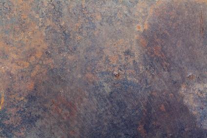 Dommages causés par la corrosion à une cheminée en acier inoxydable